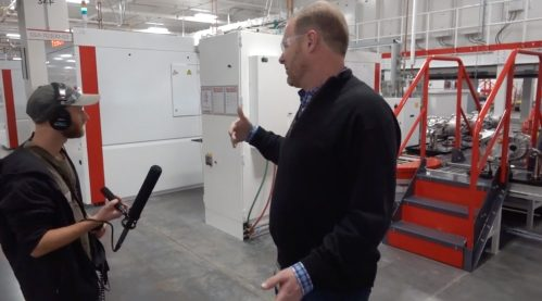 Tesla opens the doors of Gigafactory 1, shows battery cell